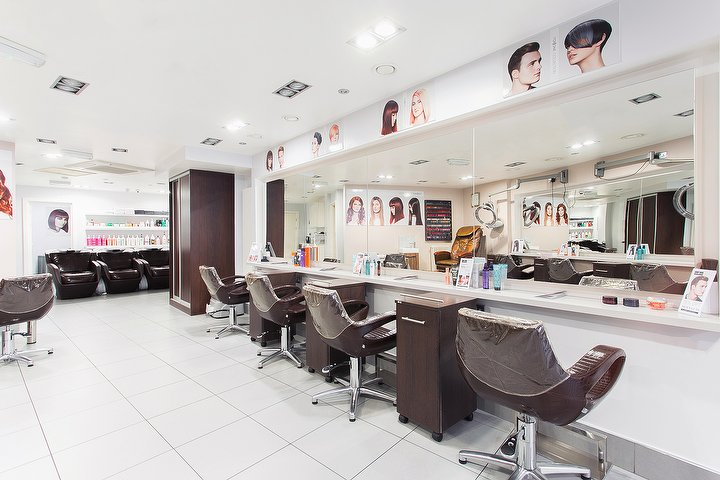 hairdresser offers Top1One Hair & Beauty