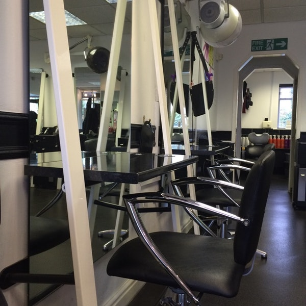 hairdressing offers  Lisa Collins