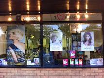 hairdresser offers Lisa Collins
