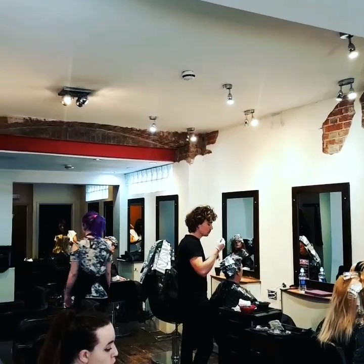 hairdressing offers  Associates Hair