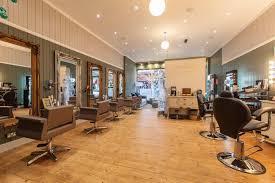 hair salon offers Simone Thomas