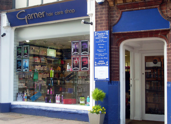 hairdresser offers Garner