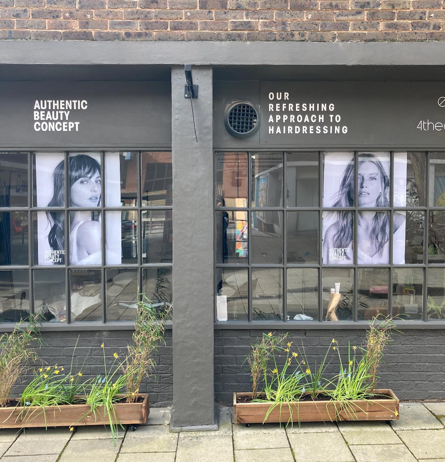 hairdresser offers 4 Theatre Square